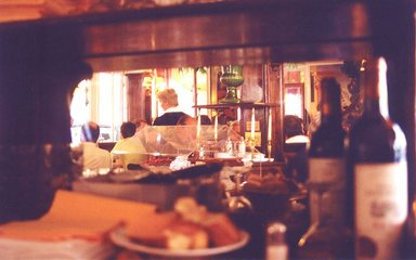 french-restaurant-1475120